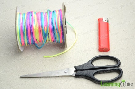 One-string-jewelry-designs-to-make-within-15-minutes-materials.jpg